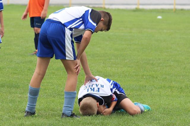 pomoc fotbalisty