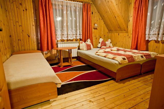 postele do podkroví pro hosty