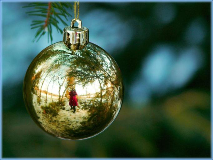 koule na stromeček
