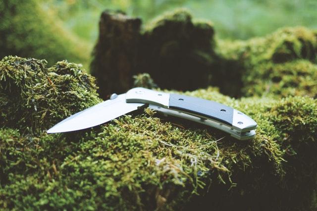 zavírací nožík